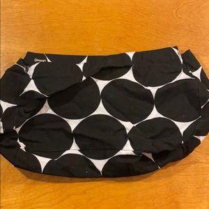Skirt for suite skirt purse.